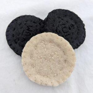 How To Make Oreo-like Chocolate Sandwich Cookie Toys using Felt – Free Printable Pattern